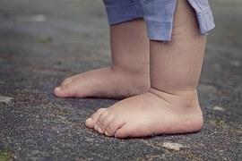 feet-619399__180