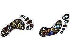 footprints-511553__180